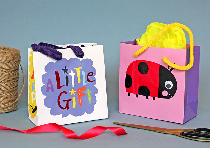 LITTLE GIFT BAGS