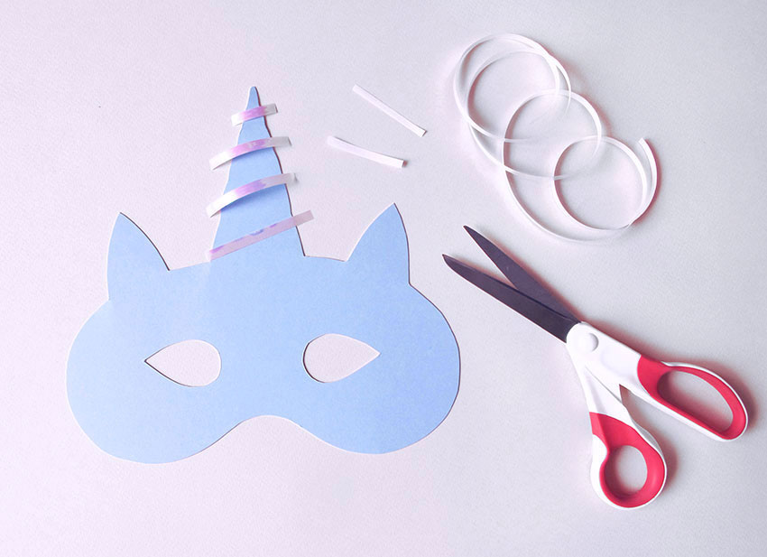 PAPERCHASE-HOW-TO-MAKE-A-UNICORN-MASK-3