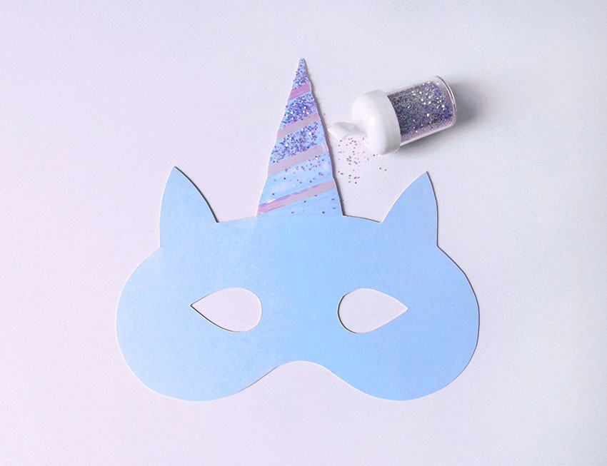PAPERCHASE-HOW-TO-MAKE-A-UNICORN-MASK-4