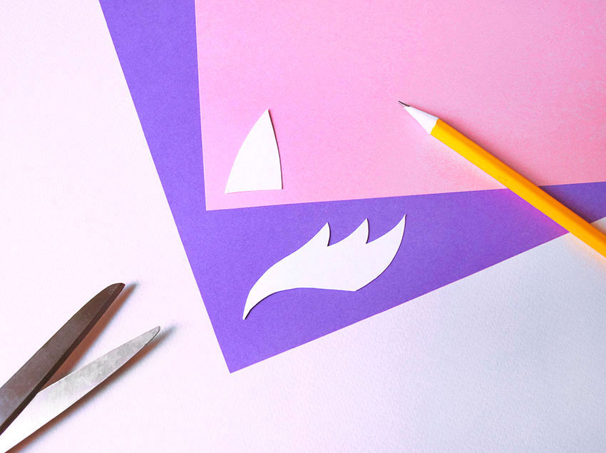 PAPERCHASE-HOW-TO-MAKE-A-UNICORN-MASK-5