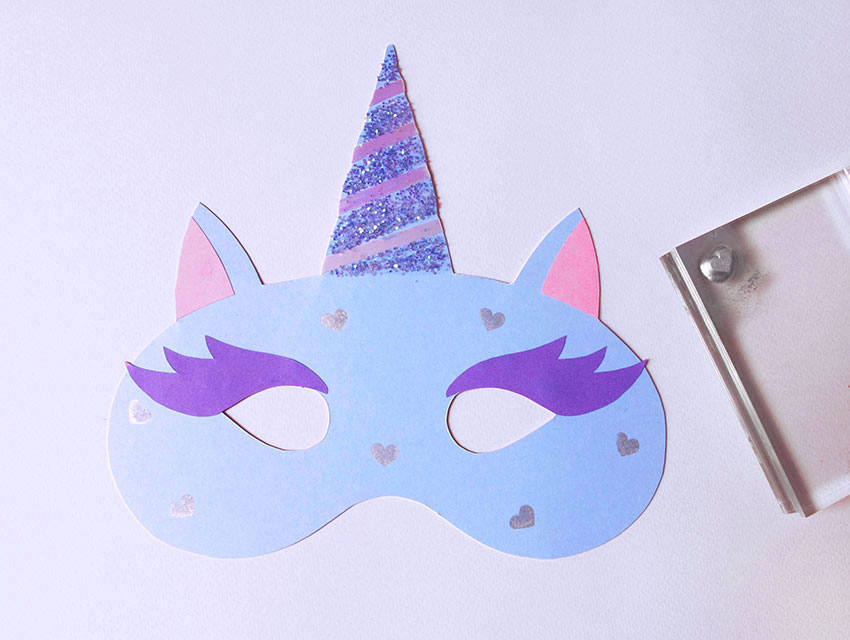 PAPERCHASE-HOW-TO-MAKE-A-UNICORN-MASK-7