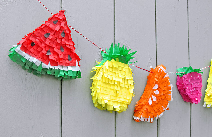 PAPERCHASE-TROPICAL-PINATA-HOW-TO-CRAFT-FINISHED-2