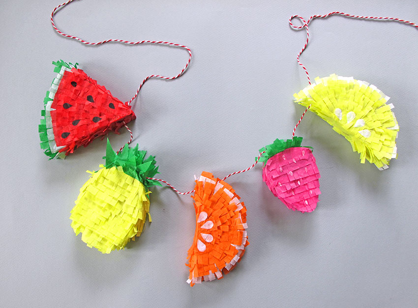 PAPERCHASE-TROPICAL-PINATA-HOW-TO-CRAFT-FINISHED