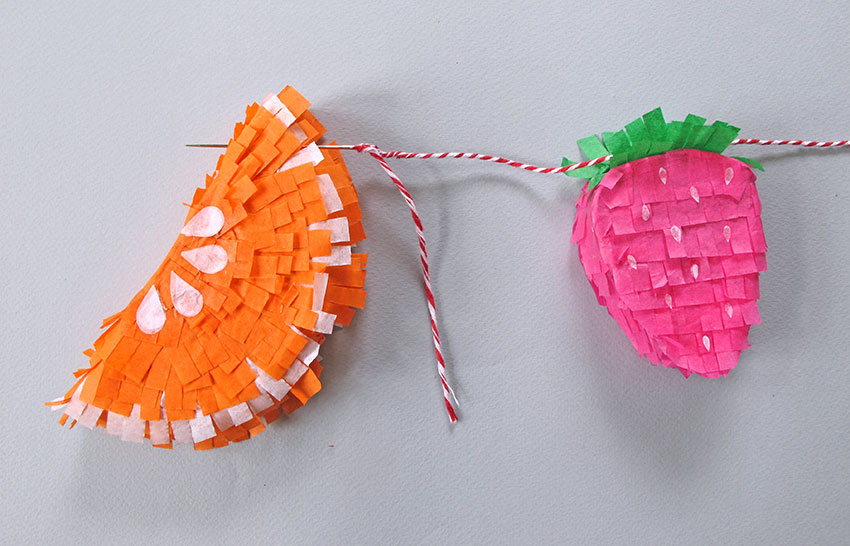 PAPERCHASE-TROPICAL-PINATA-HOW-TO-CRAFT-STEP-10C