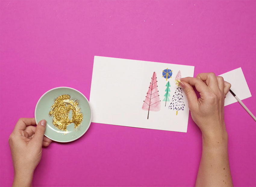 PAPERCHASE-HOW-TO-DRAW-A-CHRISTMAS-TREE-STEP-ELEVEN