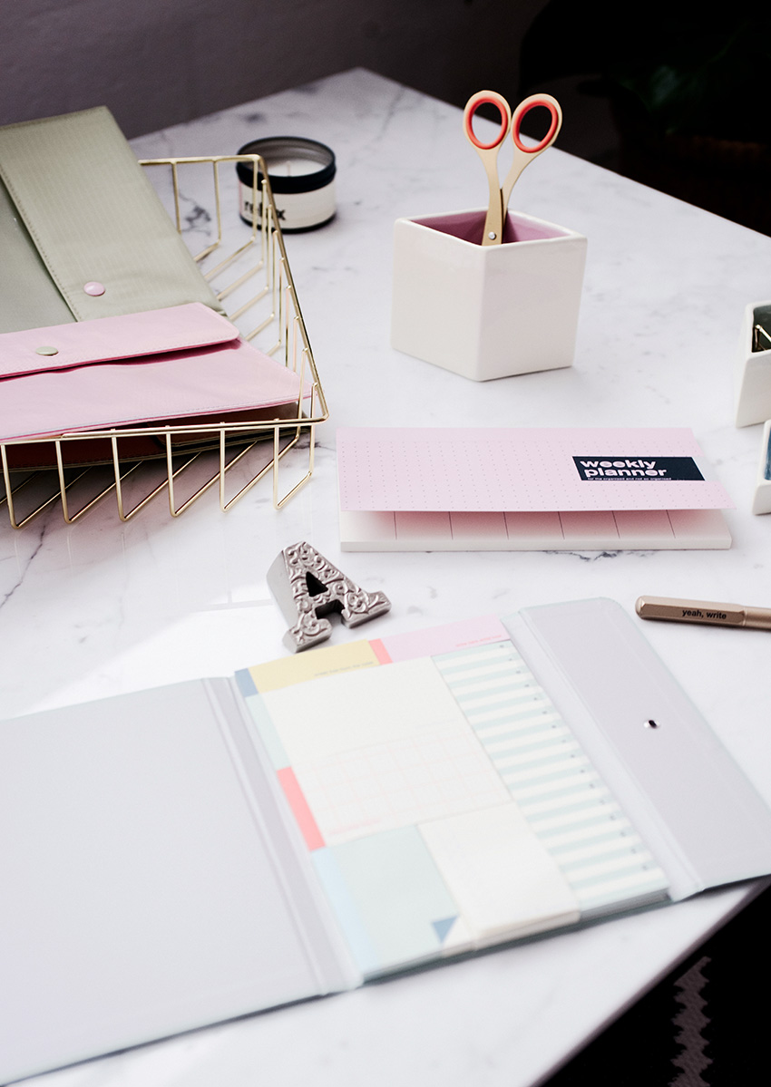 DESK-MAKEOVER-HOME-OFFICE-STATIONERY-3