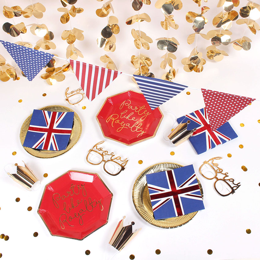 PAPERCHASE-GREAT-BRITISH-STREET-PARTY-ROYAL-WEDDING-PARTY-TABLE